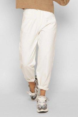 Женские джинсы 31831-3 молоко