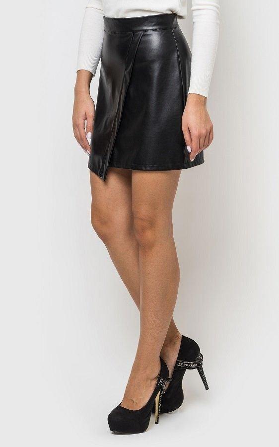 Кожаная юбка-трапеция чёрная