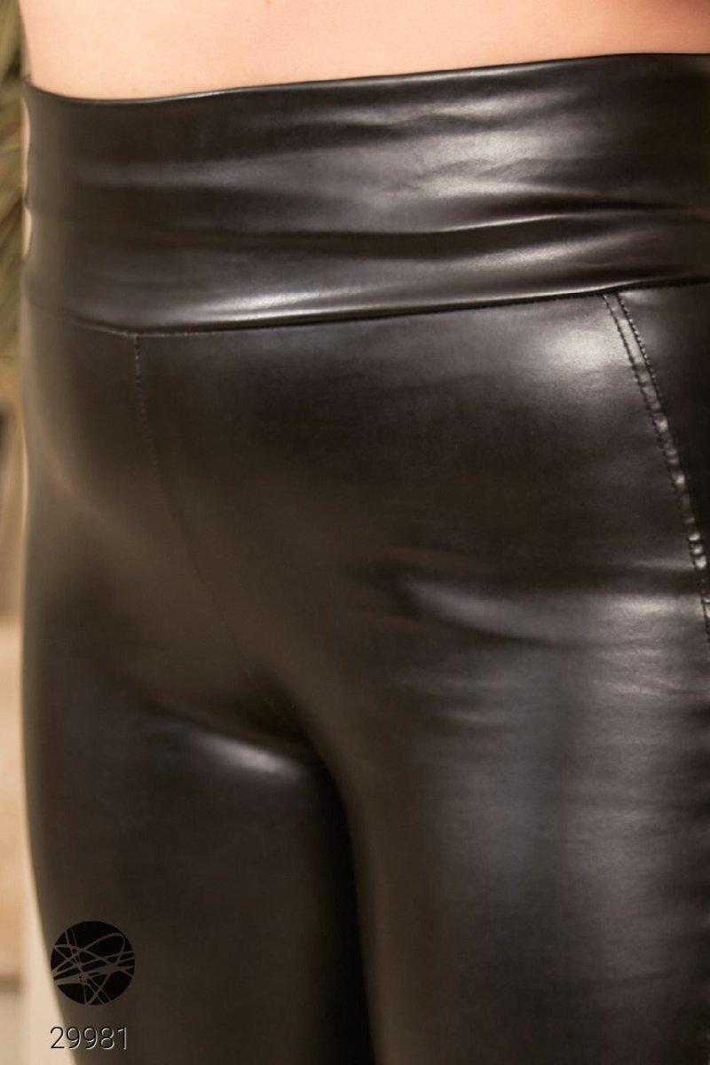 Леггинсы из искусственной кожи 29981 черный