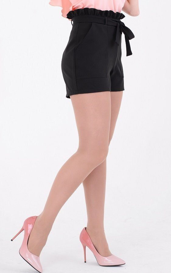 Стильные шорты с рюшей чёрные